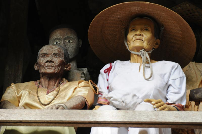 Tau-Taus, Frau, Begräbniszeremonie, Tana Toraja, Land, Sulawesi, Island, Insel, Indonesien, Indonesia, Totenkult, Reiseberichte, Foto: Heiko Meyer, www.wo-der-pfeffer-waechst.de