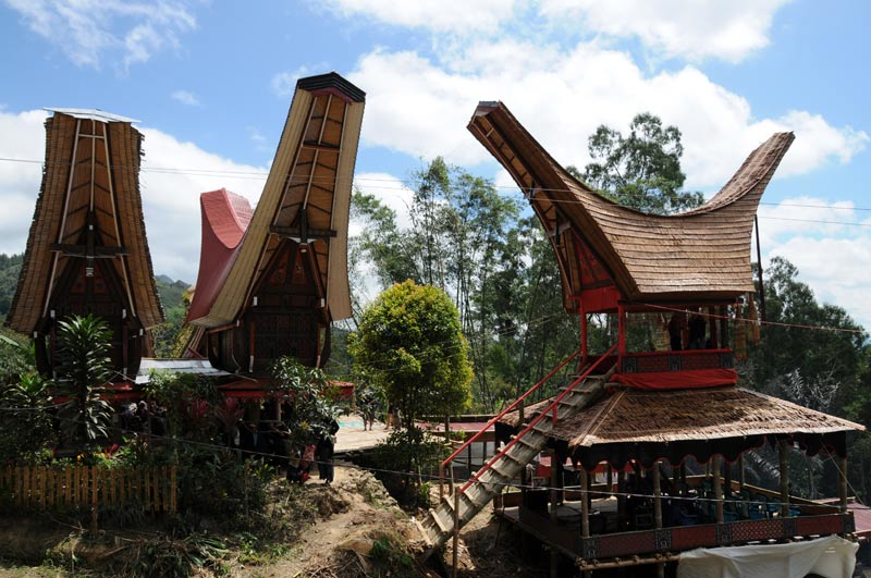 Totenturm, Begräbniszeremonie, Tana Toraja, Sulawesi, Island, Insel, Indonesien, Indonesia, Totenkult, Reiseberichte, Foto: Heiko Meyer, www.wo-der-pfeffer-waechst.de