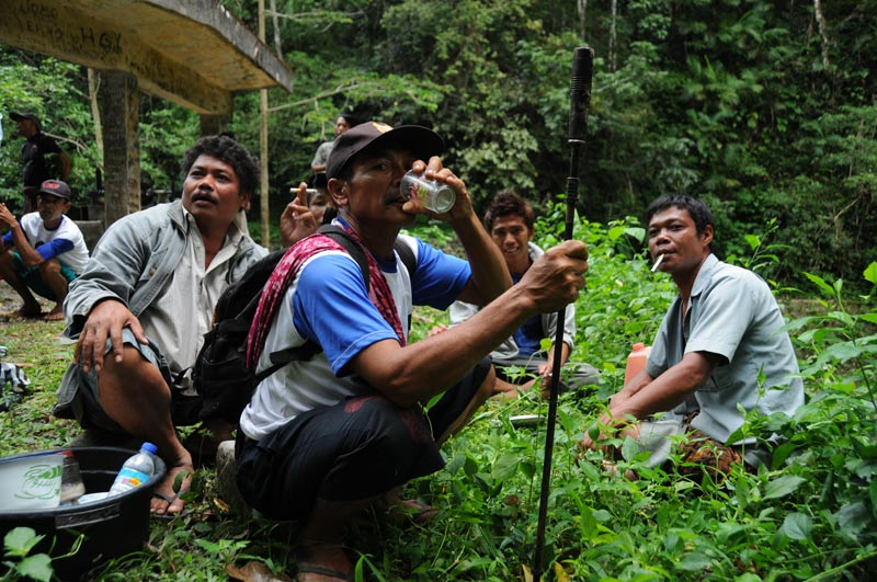 Indonesien, Indonesia, Insel, Lombok, Senaru, Vulkan, Gunung Rinjani, Reiseberichte, Schnaps, Foto: Heiko Meyer, www.wo-der-pfeffer-waechst.de