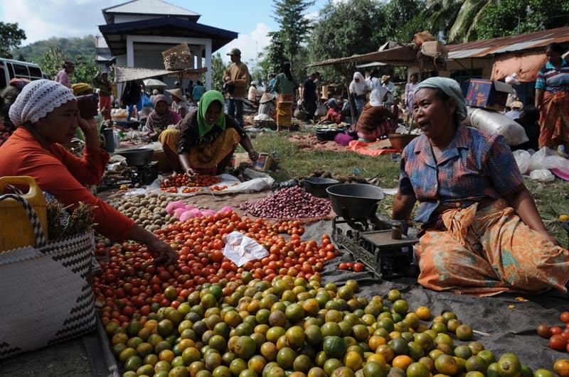 Indonesien, Indonesia, Insel, Lombok, Sengkol, lokaler Markt, market, Gemüse, Reiseberichte, Foto: Heiko Meyerwww.wo-der-pfeffer-waechst.de