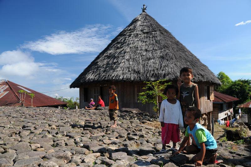 Indonesien, Indonesia, Ruteng, kleine Sunda, vorgelagerte Inseln, Pulau, West-Flores, traditionelles Manggarai-Haus, Reiseberichte, Foto: Heiko Meyer, www.wo-der-pfeffer-waechst.de