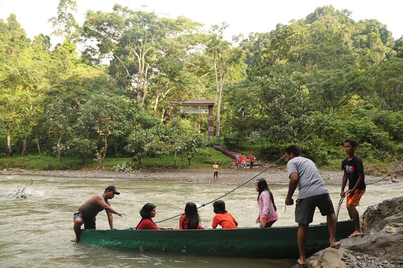 Orang-Utan-Rehabilitationsstation, Bukit Lawang, Fluss, Gunung-Leuser-Nationalpark, Nord-Sumatra, Indonesien, Indonesia, Reisebericht, www.wo-der-pfeffer-waechst.de