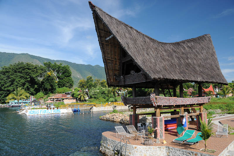 Tabo Cottages, room, Hotel, accommodation, guesthouse, Booking, Lake, Toba-See, Danau, Fähre, ferry, Batak, Pulau, Samosir, Tuk Tuk, Batak, Nord-, Sumatra, Indonesien, Indonesia, Reiseberichte, www.wo-der-pfeffer-waechst.de