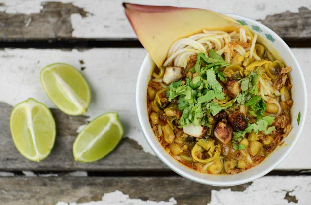 Mohinga, Myanmars Nationalgericht, Nudelsuppe, Burmesisches, Kochen, Rezepte, veganes, vegetarisches, Gerichte, Speisen, Essen, Zutaten, Küche, www.wo-der-pfeffer-waechst.de