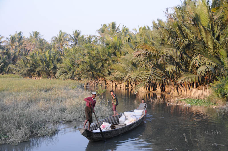 Mrauk U, Tempel, Paya, Pagoden, Rakhine-Staat, State, Division, Fluss, Boot, Myanmar, Burma, Birma, Reisebericht, www.wo-der-pfeffer-waechst.de