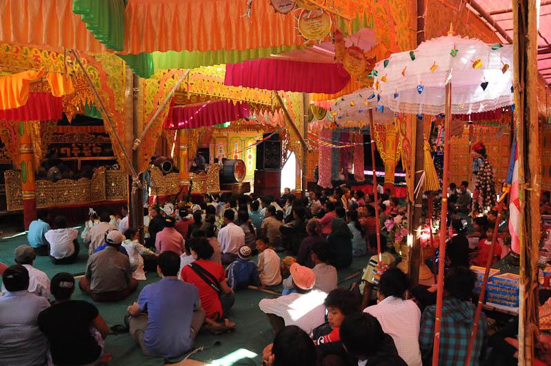 Mingun, Fest, Myanmar, Burma, Birma, Reisebericht, www.wo-der-pfeffer-waechst.de