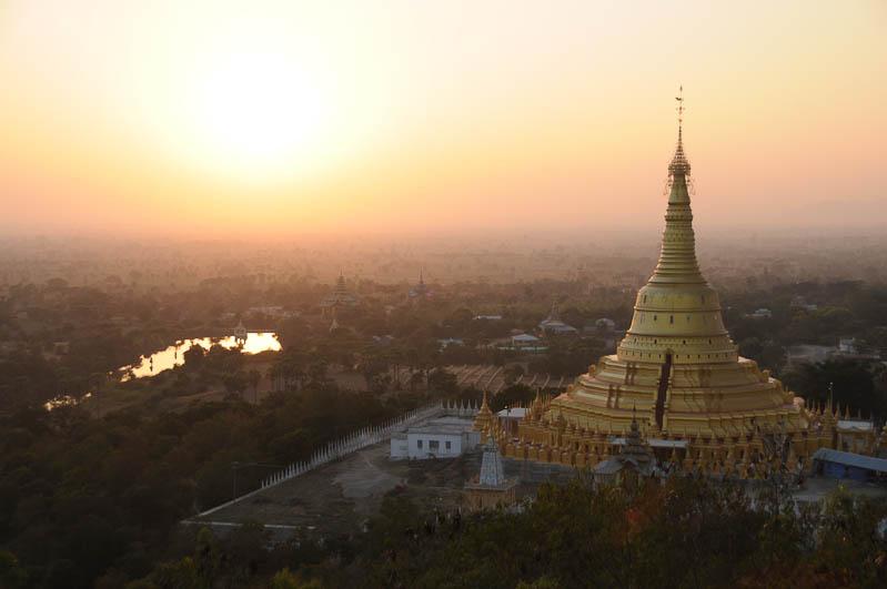Monywa, Sonnenuntergang, sunset, Bodi-Tataung-Pagode, Tempel, Pagoda, paya, Myanmar, Burma, Birma, Reisebericht, www.wo-der-pfeffer-waechst.de