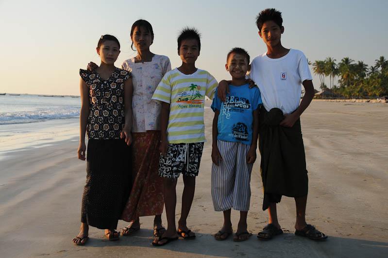 Ngwe Saung Beach, Strand, Familienausflug, Myanmar, Burma, Birma, Golf von Bengalen, Reisebericht, www.wo-der-pfeffer-waechst.de