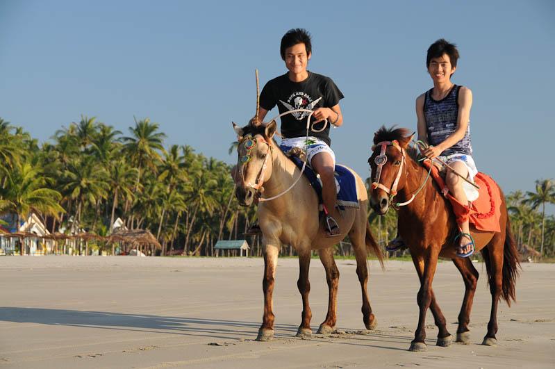 Ngwe Saung Beach, Strand, Pferde, reiten, Myanmar, Burma, Birma, Golf von Bengalen, Reisebericht, www.wo-der-pfeffer-waechst.de