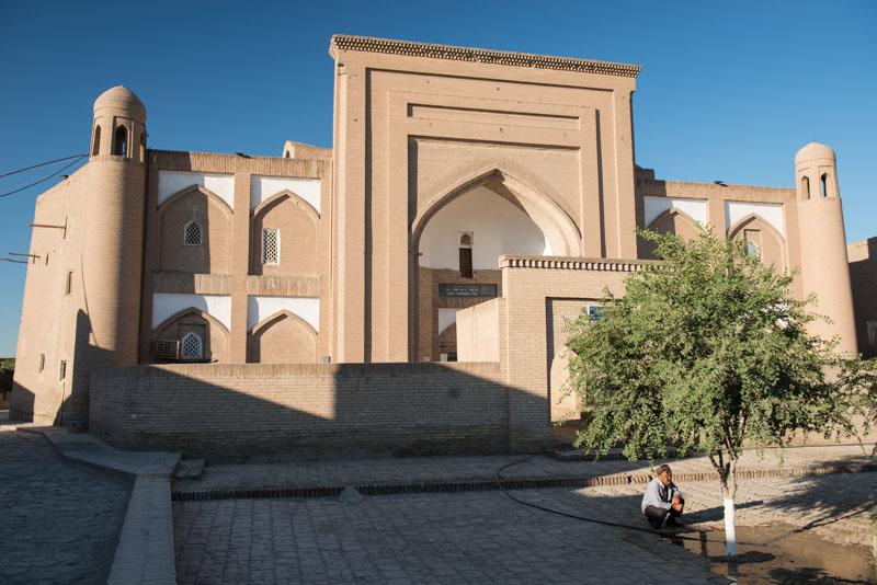 Chiwa, Khiva, Chiva, Xiva, Usbekistan, Uzbekistan, Altstadt, Moscheen, Medressen, Mausoleen, Seidenstraße, Reiseberichte, www.wo-der-pfeffer-waechst.de