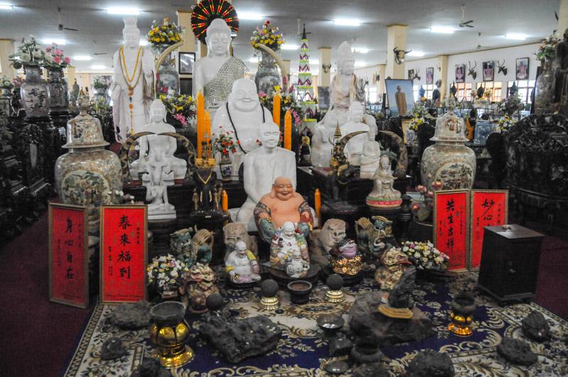 Wat Khao Sukim, Tempel, Bergkloster, Chanthaburi, Thailand, Geheimtipps, Reisen mit Kindern, Babys, Kleinkindern, Elternzeit, Strände, Asien, Reiseberichte, Reiseblogger, www.wo-der-pfeffer-waechst.de