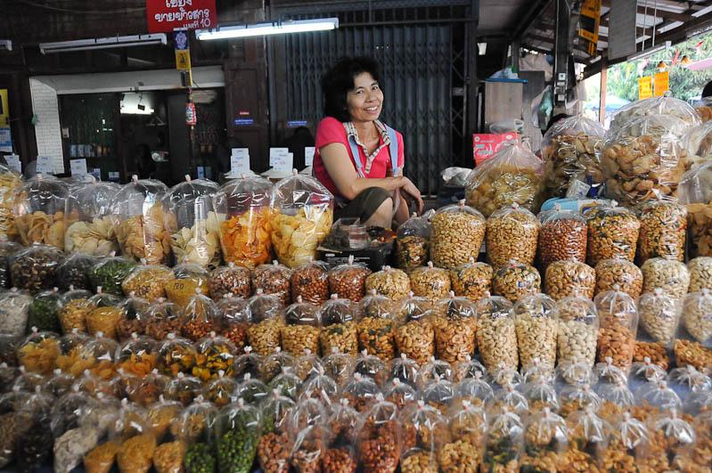 Chiang Mai, Nordthailand, Market, Märkte, kulinarische Highlights, Köstlichkeiten, Essen, vegetarisch, Reisetipps, Reisen mit Kindern, Babys, Kleinkindern, Elternzeit, Asien, Reiseberichte, Reiseblogger, www.wo-der-pfeffer-waechst.de