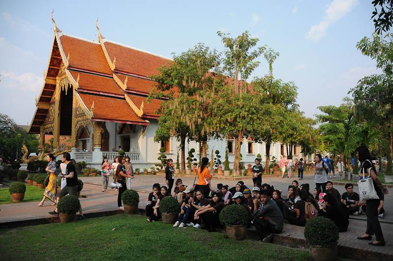 Chiang Mai, Nordthailand, Altstadt, Wat Phra Singh, buddhistischer Tempel, Reisetipps, Reisen mit Kindern, Babys, Kleinkindern, Elternzeit, Asien, Reiseberichte, Reiseblogger, www.wo-der-pfeffer-waechst.de