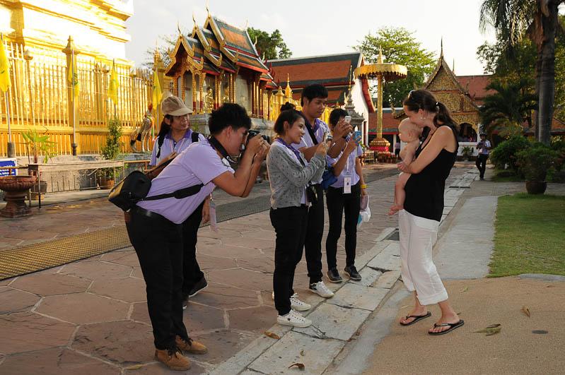 Lamphun, Wat Phrathat Haripunchai, Chiang Mai, Nordthailand, buddhistischer Tempel, Reisetipps, Reisen mit Kindern, Babys, Kleinkindern, Elternzeit, Asien, Reiseberichte, Reiseblogger, www.wo-der-pfeffer-waechst.de