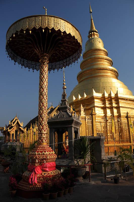 Lamphun, Wat Phra That Haripunchai, Chiang Mai, Nordthailand, buddhistischer Tempel, Reisetipps, Reisen mit Kindern, Babys, Kleinkindern, Elternzeit, Asien, Reiseberichte, Reiseblogger, www.wo-der-pfeffer-waechst.de