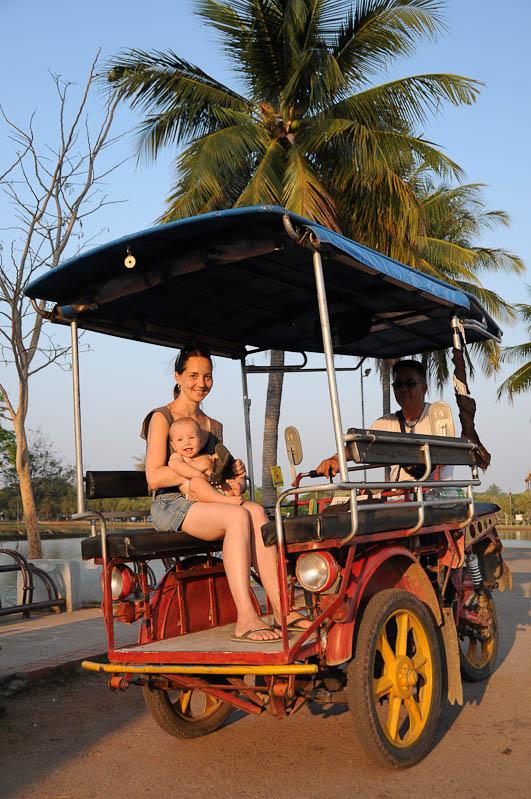 Sukhothai, Historical Park, Thailand, UNESCO-Weltkulturerbe, Tuktuk, Ausflüge, Reisetipps, Reisen mit Kindern, Babys, Kleinkindern, Elternzeit, Asien, Reiseberichte, Reiseblogger, www.wo-der-pfeffer-waechst.de