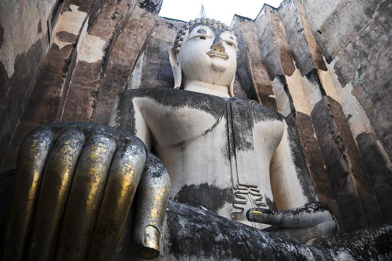 Sukhothai, Historical Park, Thailand, UNESCO-Weltkulturerbe, Wat Si Chum, Tempel, Ruinen, Buddha, Ausflüge, Reisetipps, Reisen mit Kindern, Babys, Kleinkindern, Elternzeit, Asien, Reiseberichte, Reiseblogger, www.wo-der-pfeffer-waechst.de