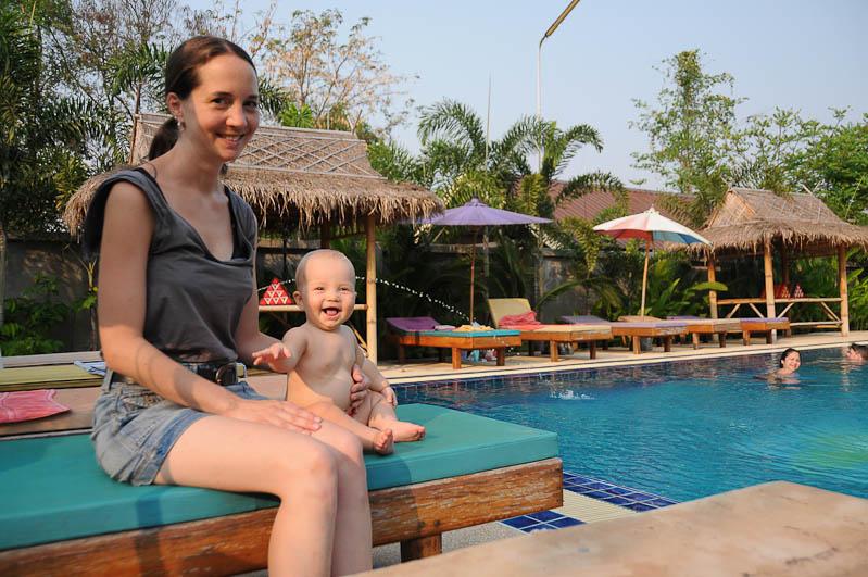 Sukhothai, Thailand, Pinpao Guesthouse, Swimmingpool, Unterkunft, Hotel, Accommodation, Ausflüge, Reisetipps, Reisen mit Kindern, Babys, Kleinkindern, Elternzeit, Asien, Reiseberichte, Reiseblogger, www.wo-der-pfeffer-waechst.de