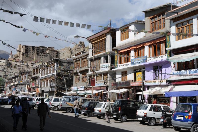 Leh, Main Bazaar Road, Basar, Ladakh, Indien, indischer Himalaya, Himalaja-Gebirge, Jammu und Kashmir, Reisetipps, Rundreisen, Asien, Reiseberichte, Reiseblogger, www.wo-der-pfeffer-waechst.de