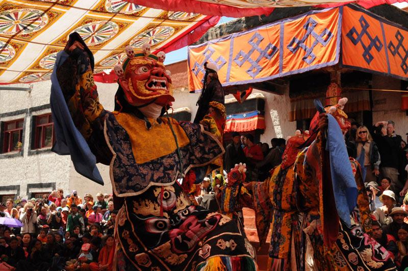 Maskentanz, Taktok, Tse-Chu, Taktok-Gompa, Kloster, buddhistisches Festival, Mönche, Ladakh, Indien, indischer Himalaya, Himalaja-Gebirge, Leh, Indus-Tal, Reisetipps, Rundreisen, Asien, Reiseberichte, Reiseblogger, www.wo-der-pfeffer-waechst.de