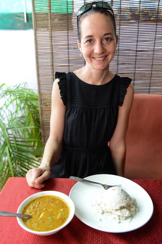 Restaurants, Putu mit Curry, Fort Kochi, Cochin, Südindien, Kerala, Reisetipps, Reisen mit Kindern, Rundreisen, Südasien, Reiseberichte, Reiseblogger, www.wo-der-pfeffer-waechst.de