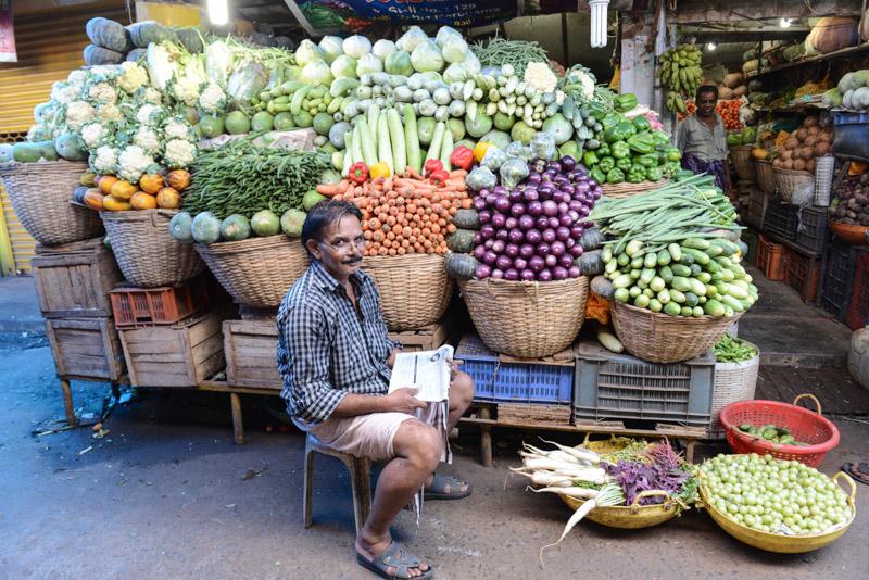 Ernakulam, Market road, Gemüsemarkt, Kochi, Cochin, Südindien, Kerala, Reisetipps, Reisen mit Kindern, Rundreisen, Südasien, Reiseberichte, Reiseblogger, www.wo-der-pfeffer-waechst.de