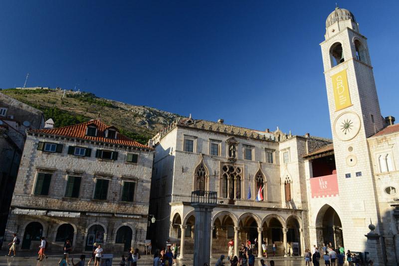 Dubrovnik, Kroatien, Croatia, Luža-Platz, square, Altstadt, old city, Städtetrip, Reisetipps, Rundreisen, Europa, Reiseberichte, Reisen mit Kindern, Reiseblogger, www.wo-der-pfeffer-waechst.de
