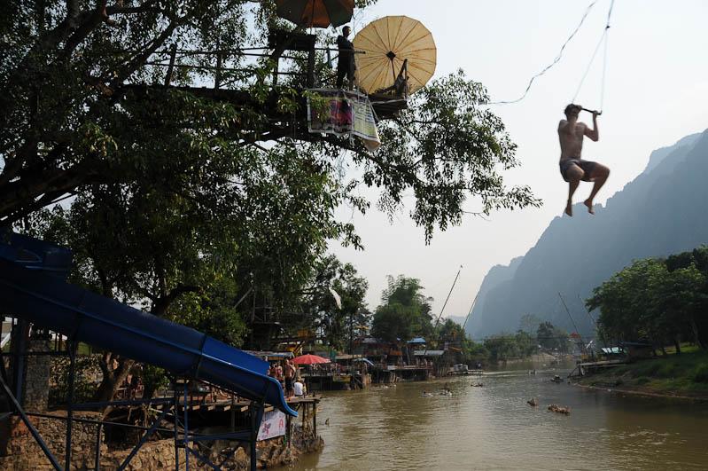 Tubing in Vang Vieng, Laos, Party, Nordlaos, Reisetipps, Rundreisen, Asien, Reiseberichte, Reiseblogger, www.wo-der-pfeffer-waechst.de