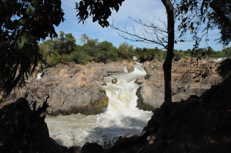Somphamit-Wasserfall, Don Khon, Si Phan Don, 4000 Inseln, Viertausend Inseln, Südlaos, Southern, Laos, Süden, Mekong, Reiseziele, Reiseberichte, Reisetipps, Rundreisen, Südostasien, Reiseblogger, www.wo-der-pfeffer-waechst.de