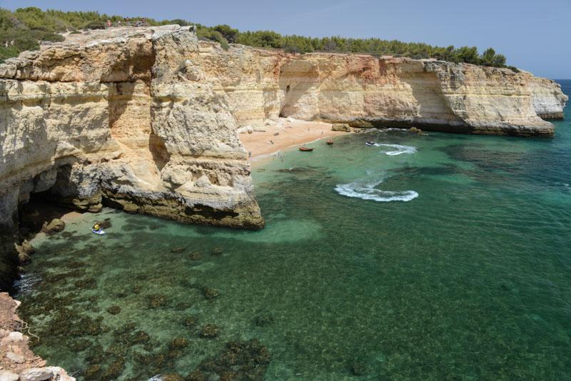 Praia da Corredoura, Algarve, Portugal, Strand, schönste Strände, best beaches, Felsalgarve, Beach-Hopping, Reisen mit Kindern, Südeuropa, Bilder, Fotos, Reiseberichte, Sommerurlaub, www.wo-der-pfeffer-waechst.de