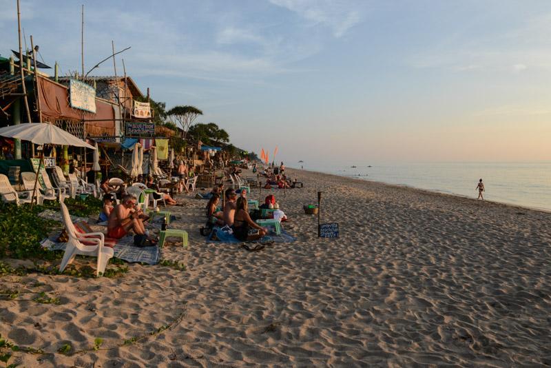 Klong Nin Beach, Koh Lanta, Beach Guide, Thailand, schöne Strände, Strandwanderung, Ausflüge, Schnorcheltouren, Reisetipps, Reisen mit Kindern, Babys, Kleinkindern, Elternzeit, Inselhüpfen, Andamanensee, Südthailand, Asien, Reiseberichte, Reiseblogger, www.wo-der-pfeffer-waechst.de
