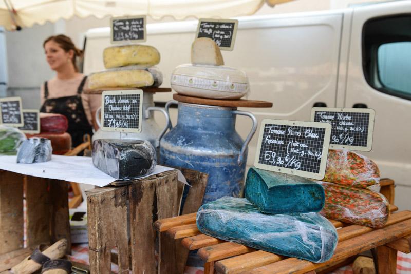 Blauer Käse, cheese, Joyeuse, französische Märkte, Südfrankreich, Markt, Ardèche, France, Sommerurlaub, Reisebericht, mit Kind, Kinder, Südeuropa, Reiseblogger, www.wo-der-pfeffer-waechst.de
