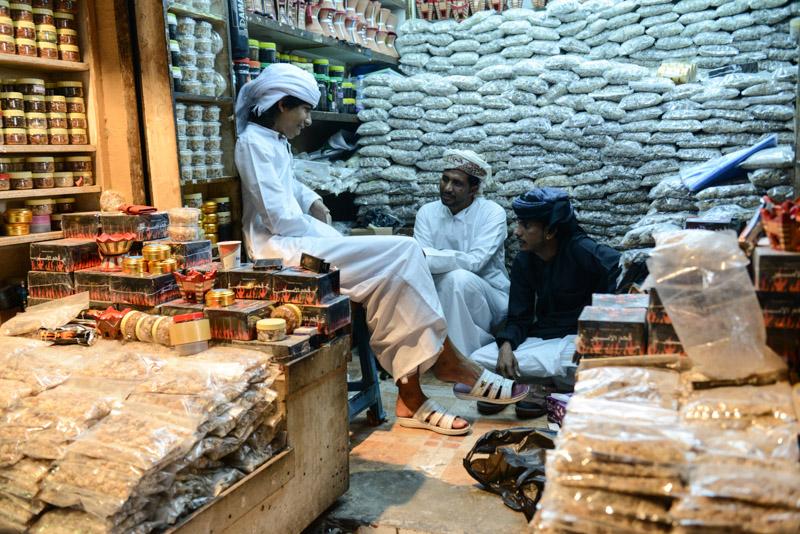 Maskat, Stopover, Muscat, Altstadt, Oman, Muttrah-Souk, überdachte Märkte, Händler, Reisebericht, www.wo-der-pfeffer-waechst.de