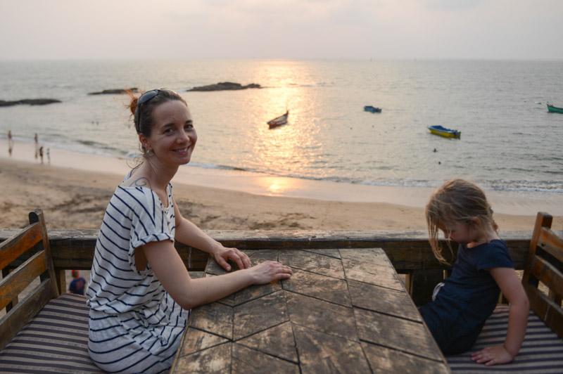 Anjuna Beach, Goa, Sonnenuntergang, Sunset, Strand, Strände, Reisen mit Kindern, Indien, India, Reiseberichte, Südasien, Bilder, Fotos, www.wo-der-pfeffer-waechst.de