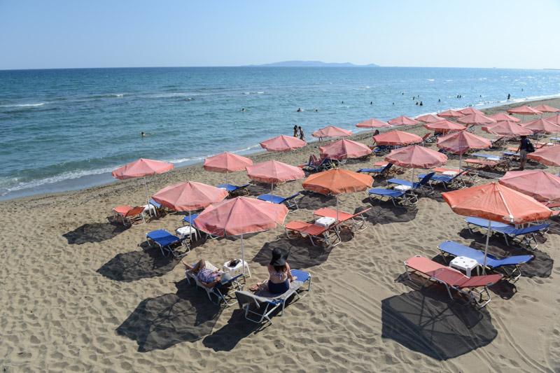 Strandliegen, Ammoudara Beach, Amoudara Beach, Heraklion, schönste Strände Kretas, Reisebericht, Griechenland, Urlaub, Bilder, Fotos, Südeuropa, www.wo-der-pfeffer-waechst.de