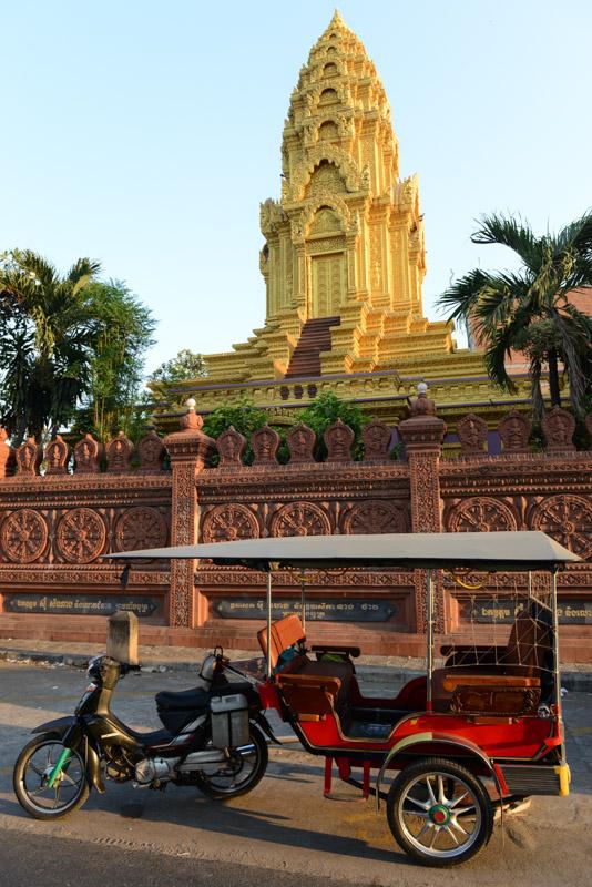 Tuktuk, Phnom Penh, Reisebericht, Kambodscha, Hauptstadt, Cambodia, Reisetipps, Sehenswürdigkeiten, Südostasien, Bilder, Foto: Heiko Meyer, www.wo-der-pfeffer-waechst.de