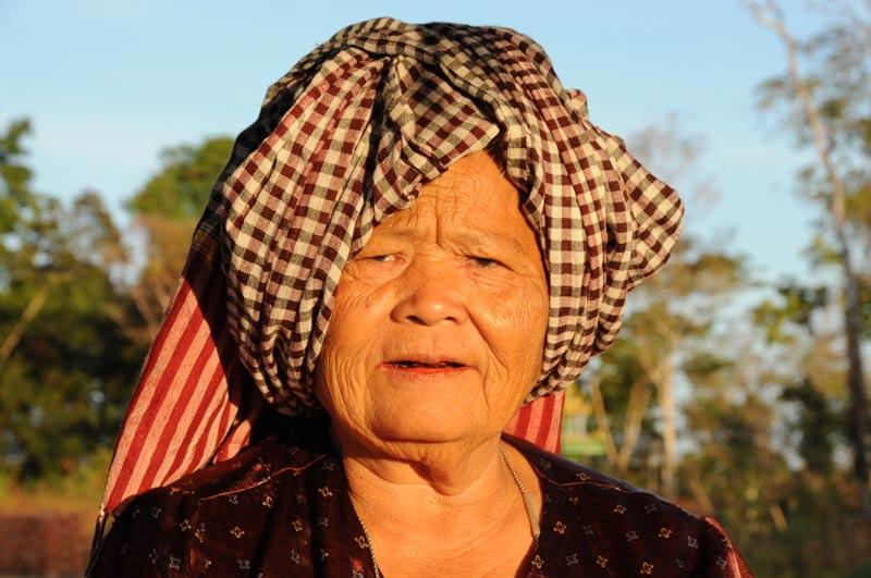 Khmer-Frau, Koh Ker, Kambodscha, Reisebericht, Cambodia, Reisetipps, Südostasien, Bilder, Foto: Heiko Meyer, www.wo-der-pfeffer-waechst.de