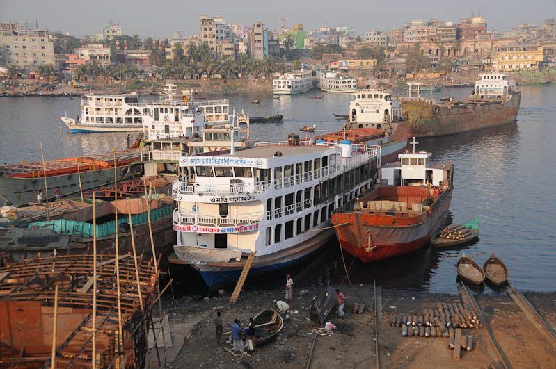 Buriganga-Fluss, river, South Dhaka, Werft, Bangladesch, Reiseberichte, Foto: Heiko Meyer, www.wo-der-pfeffer-waechst.de