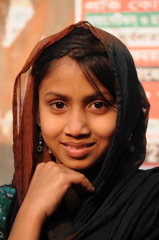 Frau, South Dhaka, Bangladesch, Reiseberichte, Foto: Heiko Meyer, www.wo-der-pfeffer-waechst.de