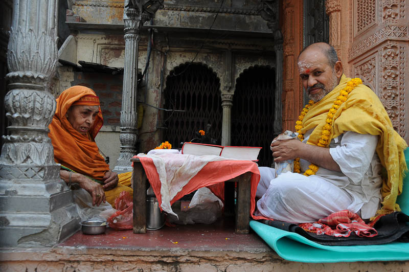 Varanasi, Indien, Gassen, Altstadt, Galis, Tempel, Reisebericht, Ganges, Foto: Heiko Meyer, Bilder, Backpacking, Südasien, www.wo-der-pfeffer-waechst.de