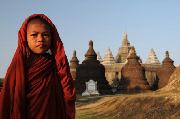 Mrauk U, Tempel, Paya, Pagoden, Rakhine-Staat, State, Division, buddhistischer Mönch, monk, Myanmar, Burma, Birma, Reisebericht, www.wo-der-pfeffer-waechst.de