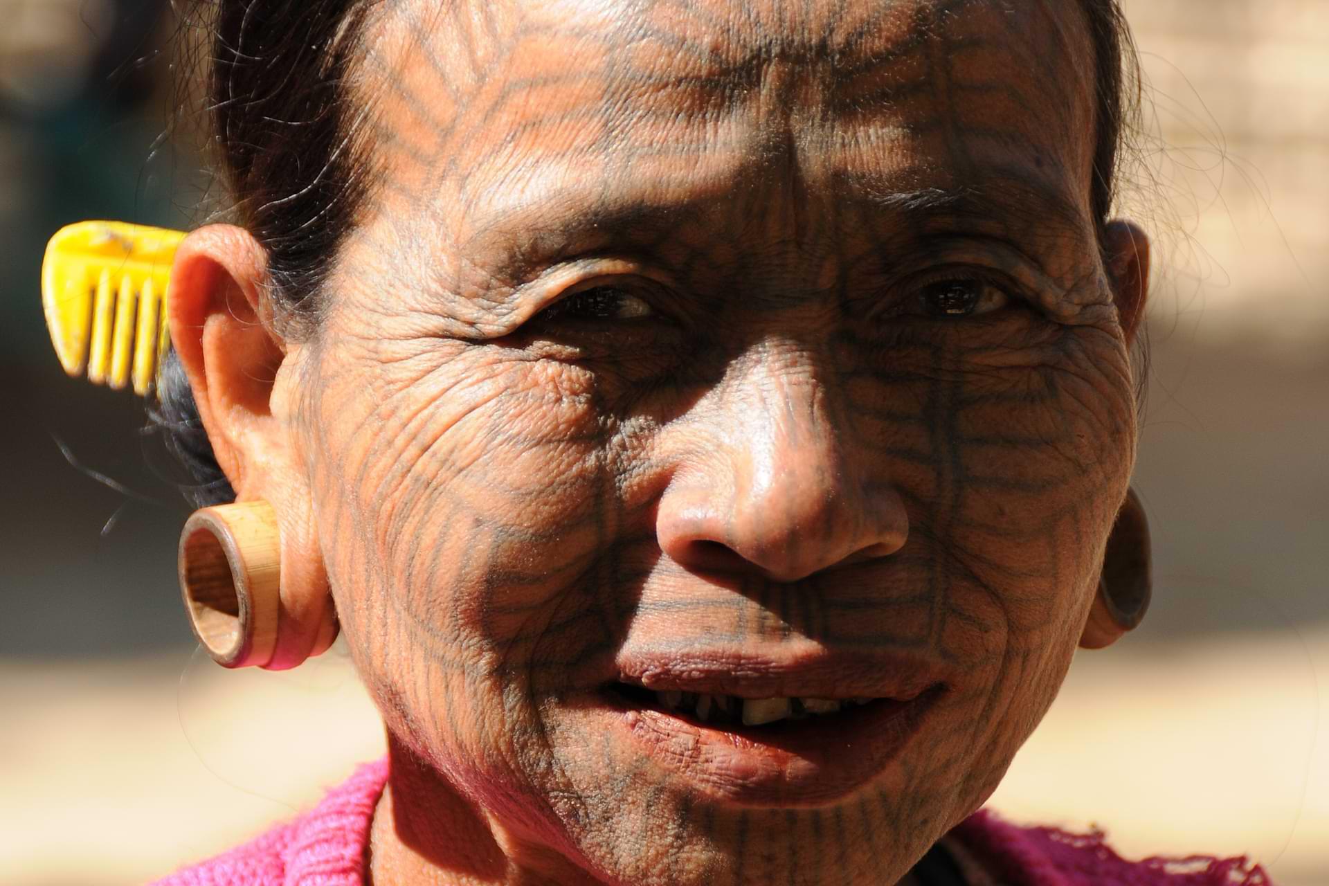 Myanmar, Burma, Birma, Chin tribe, Volk, Minderheit, tätowierte Spinnennetzfrauen, Tattoo, Rakhine-Staat, state, Division, Tour, Reiseberichte, www.wo-der-pfeffer-waechst.de