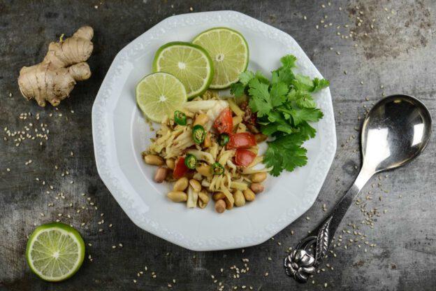 Myanmar, Gin Thok, Thoke, Thouk, Ingwersalat, Kochen, Rezepte, veganes, vegetarisches, Gerichte, Speisen, Essen, Zutaten, Küche, Burma, Birma, www.wo-der-pfeffer-waechst.de