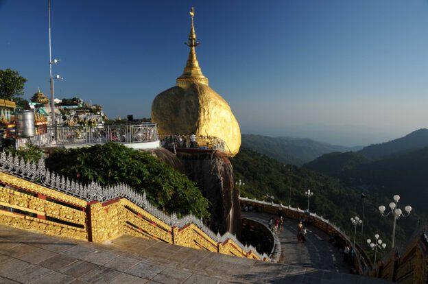 Golden Rock, Goldener Felsen von Kyaiktiyo, Kyaikhtiyo, Myanmar, Burma, Birma, Pilgerfahrt, Pagode, Pagoda, Tempel, Reiseberichte, www.wo-der-peffer-waechst.de