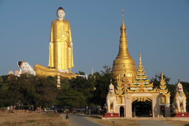 Monywa, Myanmar, Burma, Birma, Mandalay, big, Buddha, Statuen, liegender, stehender, reclining, tallest, Tempel, Thanboddhay-Pagode, Reiseberichte, www.wo-der-pfeffer-waechst.de