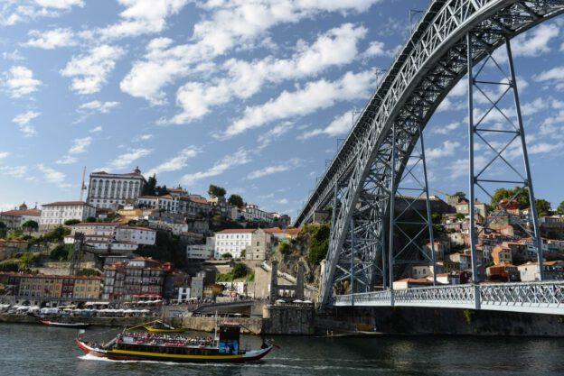 Porto, Portugal, Städtetrip, Rio Douro, Brücke, Ponte Dom Luis I., Ribeira, Reisen mit Kindern, Sehenswürdigkeiten, Südeuropa, Bilder, Fotos, Reiseberichte, Sommerurlaub, www.wo-der-pfeffer-waechst.de